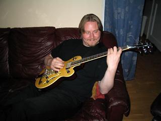 gitarrspelande herr m