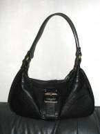 nya flashiga handväskan