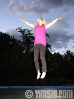 A hoppar högt