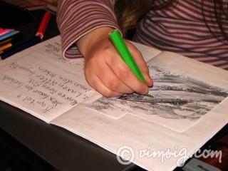 hjälpte dottern med läxan