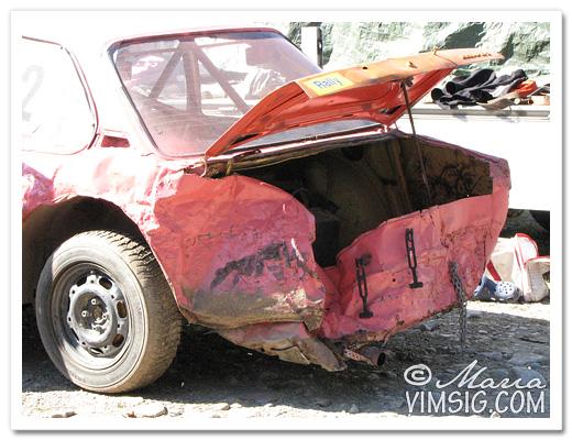 någon har hälsat på bak på MH's bil