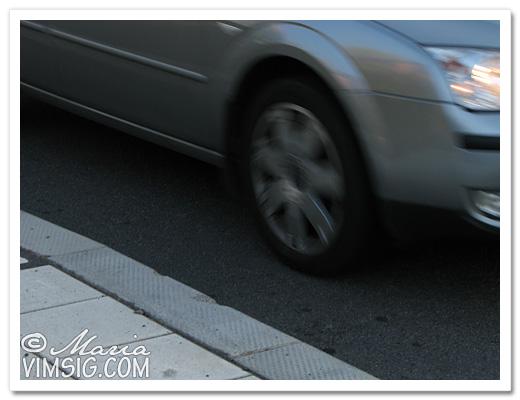 förbipasserande bil
