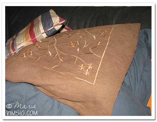 vilar i soffan eftersom jag nästan svimmar