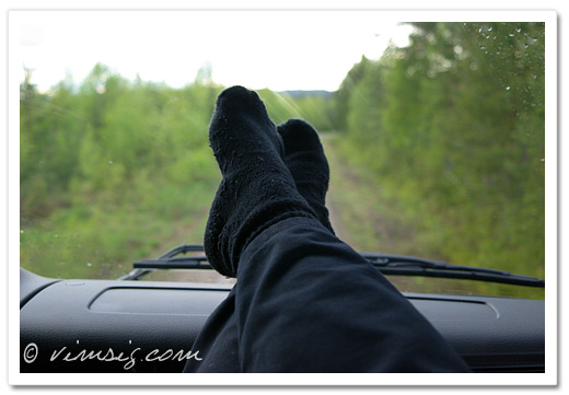 Bekväm slappstil i lastbilen.