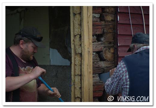 Mattias och Lasse kapar ner knuten