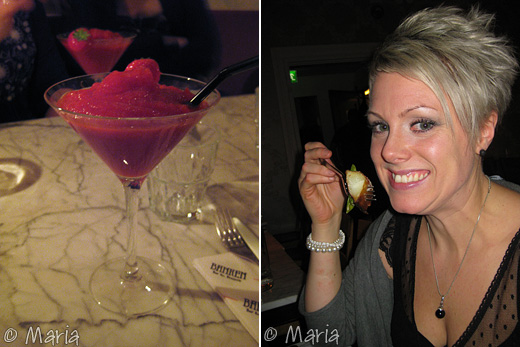 min strawberry daiquiri och Catherine njuter av maten